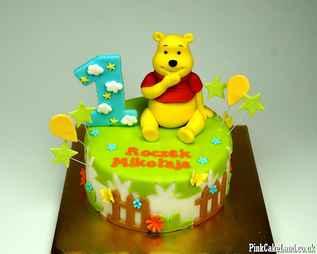 winnie the pooh bday cake london