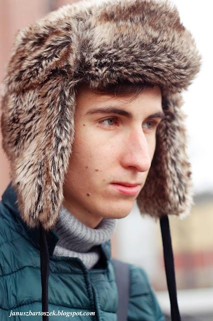futrzana czapka H&M