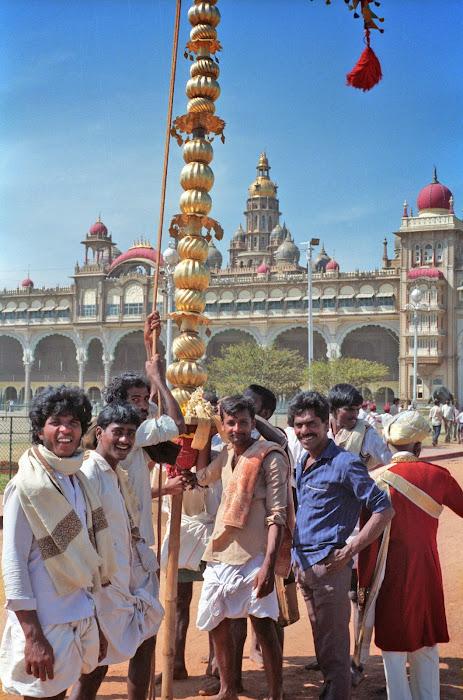 Mysore, Mysuru, Kannada Rajavastava festival, palais du Maharaja, © L. Gigout, 1990