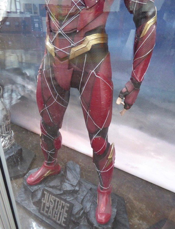 Flash costume legs Justice League
