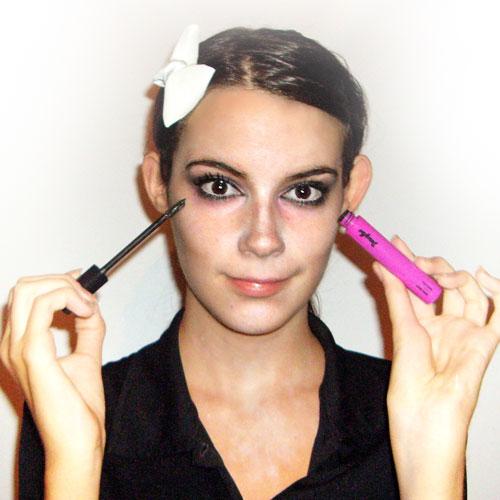 Como hacer maquillaje de zombie paso 7