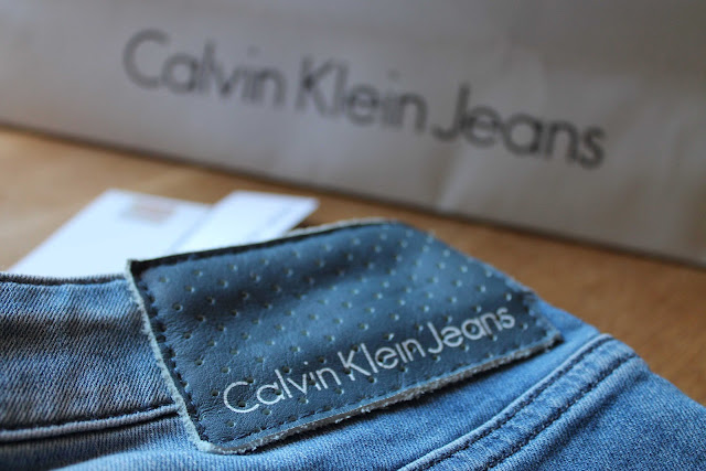 Calvin Klein, denim, jeans, new income, elegance, glamour, style, fashion