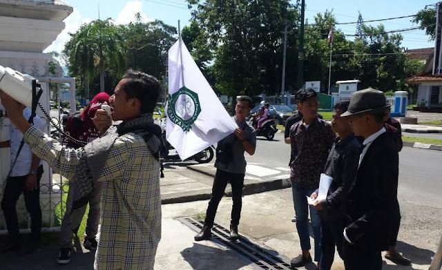 ABM Demo, Minta Demokrat dan Polda Pecat Anggota Yang Kedapatan Selingkuh