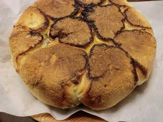無水鍋で黒豆パン