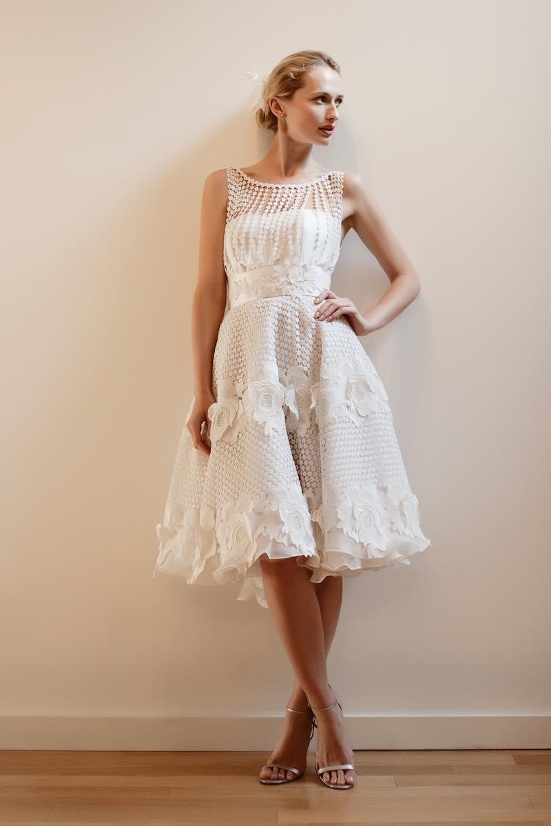 Jim Brautmode Brautkleider Online: Kurze Brautkleider - für eine