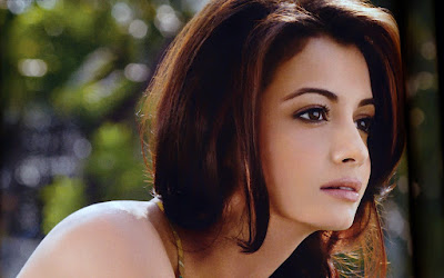 Hottest Indian Model Diya Marza Latest Hd Wallpapers Collection Free Downloads