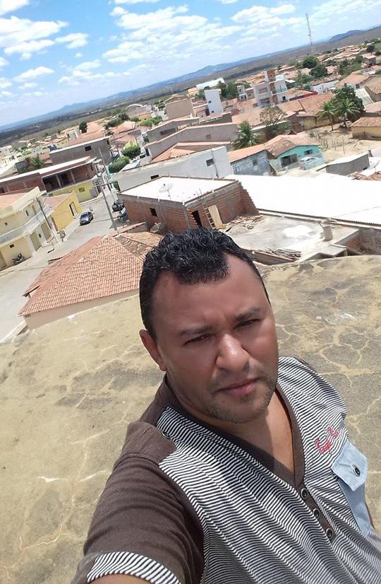 Em Santana dos Garrotes, Funcionário Público Apela nas Redes Sociais Pagamento em atraso