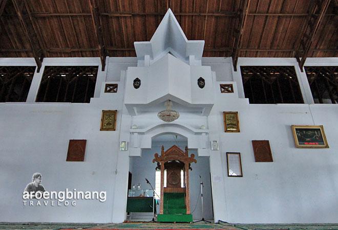 balkon mihrab masjid agung al-falah kyai mojo minahasa sulawesi utara