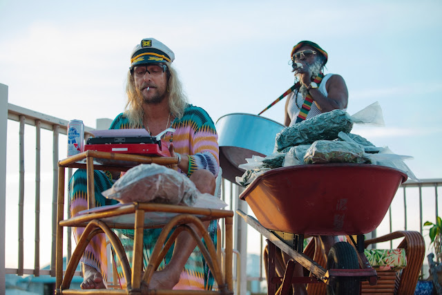 The Beach Bum – Recenze