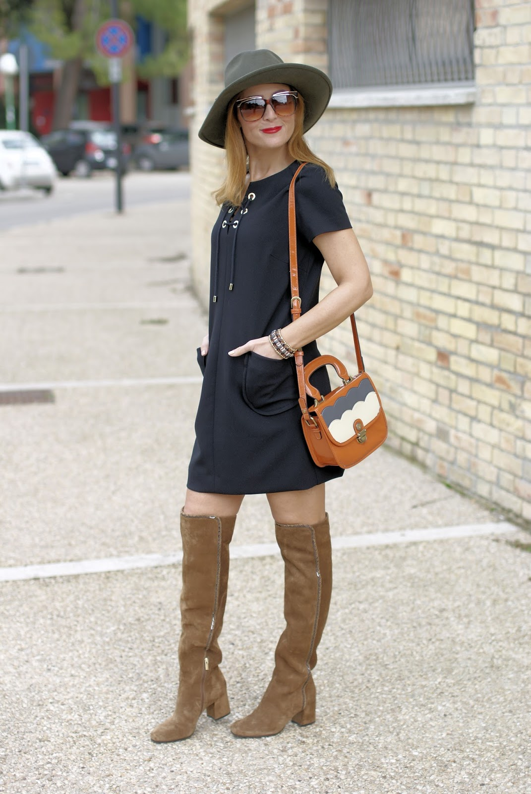 1.2.3 Paris Dina dress and Le Silla brown suede over the knee boots on Fashion and Cookies fashion blog, fashion blogger style