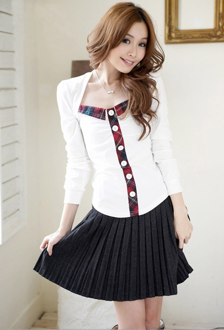 How Look Stylish, Chic, Fun And Hot With Black Pleated -6073