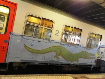 graffiti of a reptile