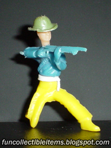 Crouch Rifleman collapsible plastic toy soldier