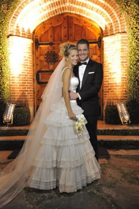 Hermosa LULU  Luisana Lopilato and Michael Buble the