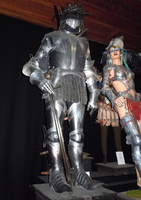 Headless Knight armour Harry Potter