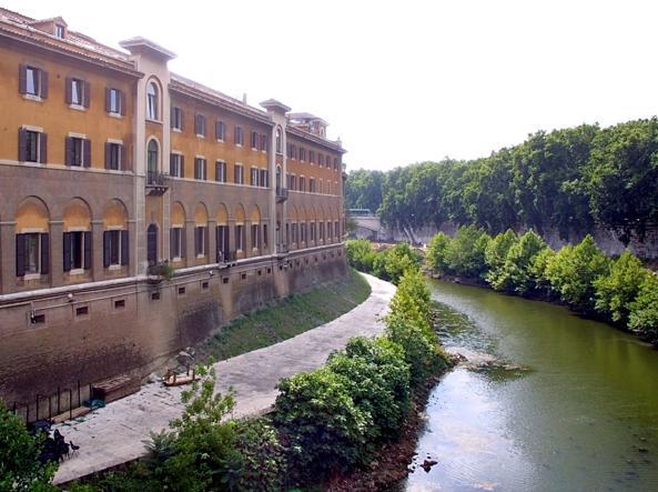 Buongiornolink - Roma, settimo caso di tubercolosi al Fatebenefratelli contagiato un barista