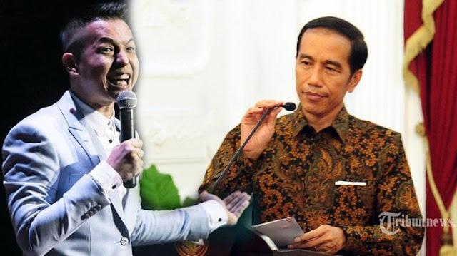 Jokowi Bebaskan Baasyir, Ernest Prakasa: Jelang Pencoblosan Bukan Makin Yakin Malah Kesal