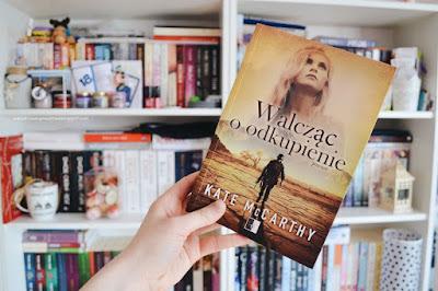 Walcząc o odkupienie - Kate McCarthy | Recenzja
