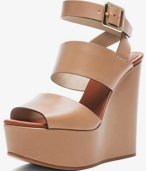 550bcc5fffad7 Shoe Game of the Stars  Chloe Leather Wedges - Jessica Alba