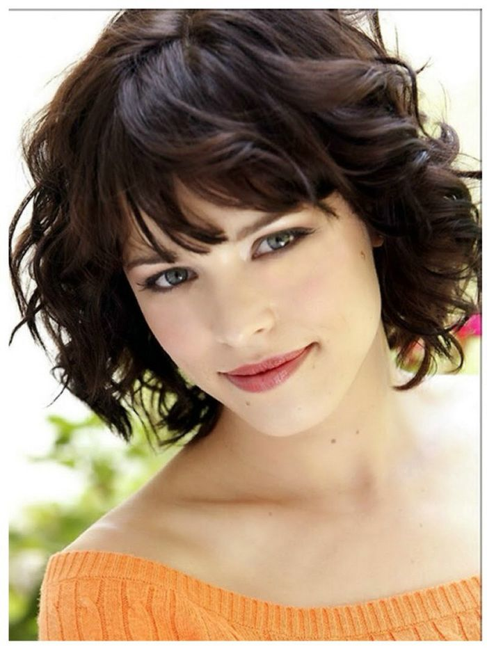 Ideal Short Haircuts for Women