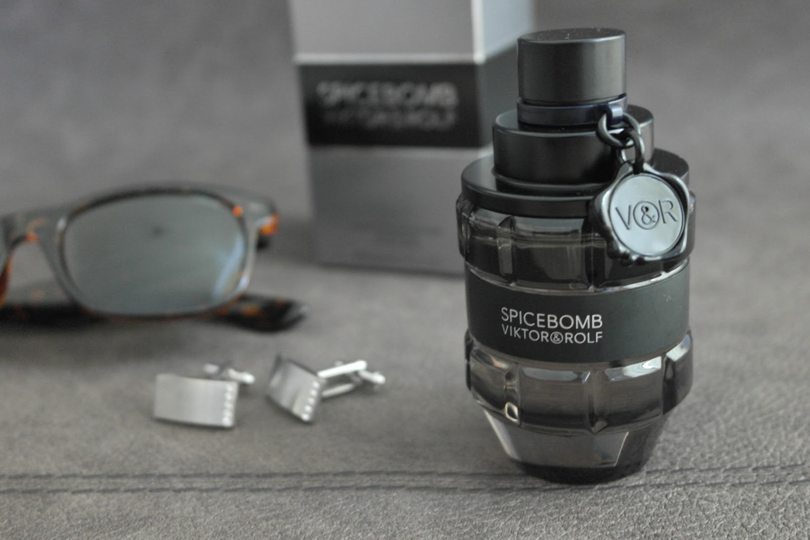 Viktor & Rolf Spicebomb Review