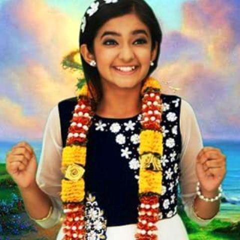 13 Foto Foto Keren Anushka Sen Pemeran Meher Dagli Dalam Film