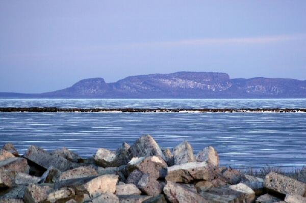 Sleeping Giant, Raksasa Tidur di Laut Irlandia