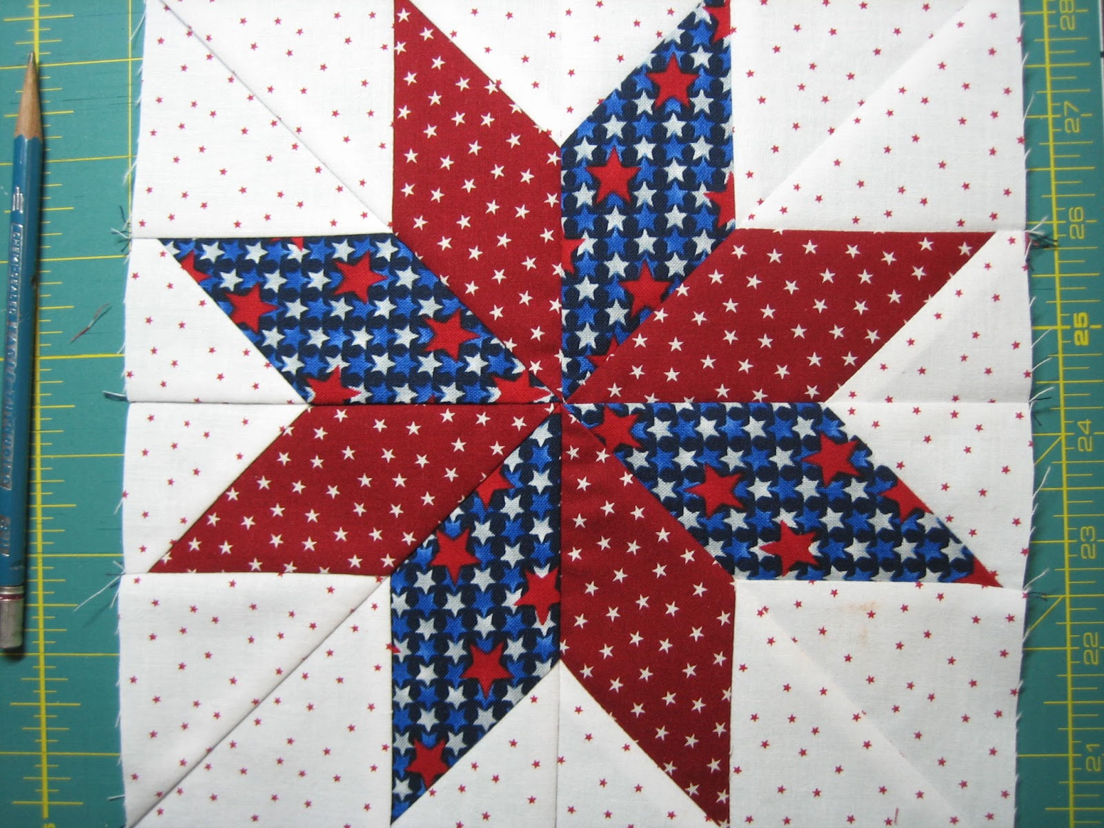 Red Letter Quilts 8 Point Lemoyne Star Tutorial No Y Seams