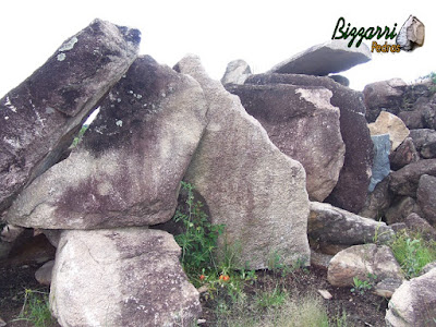 Pedra para cascata de pedra na piscina, tipo chapa de pedra moledo para bica d'água.