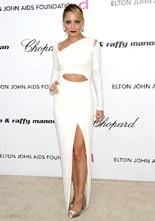 Hollywood Trend: White Sexy Dresses