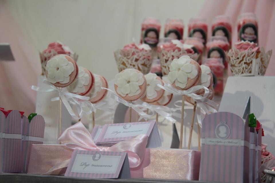 sucreries décorées en rose