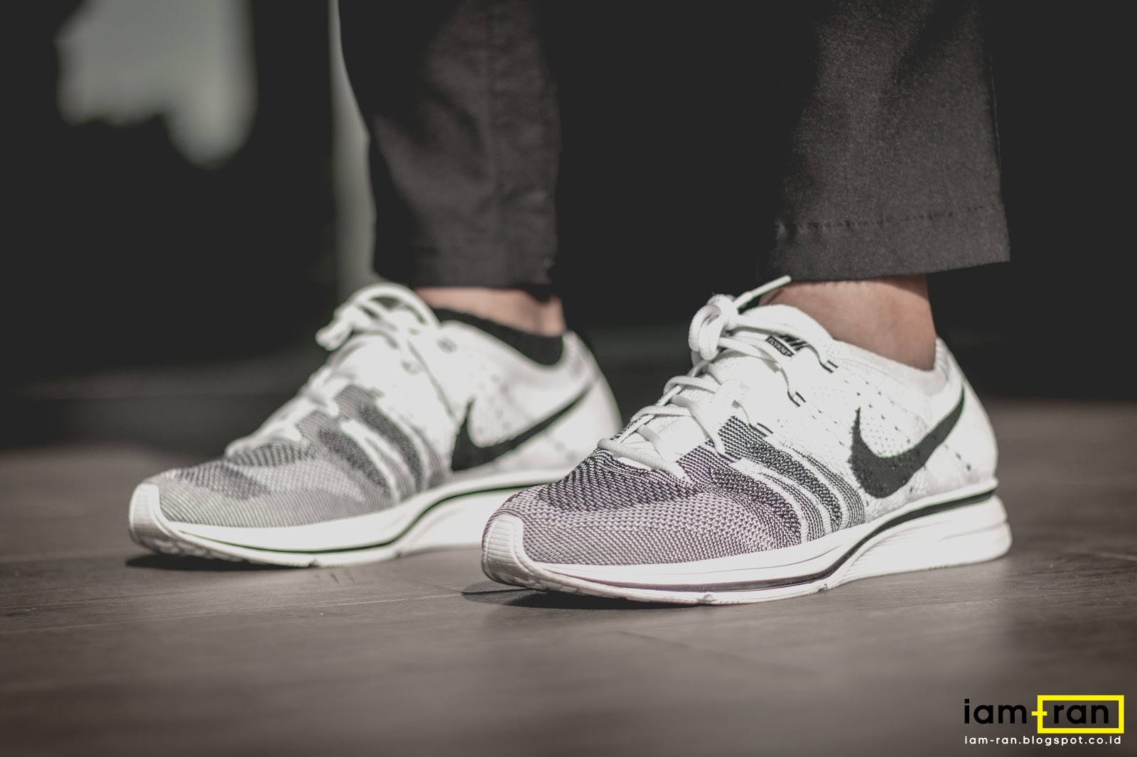 b91d56df9cf IAM-RAN  ON FEET   Michael Vincent - Nike Flyknit Trainer White +Black