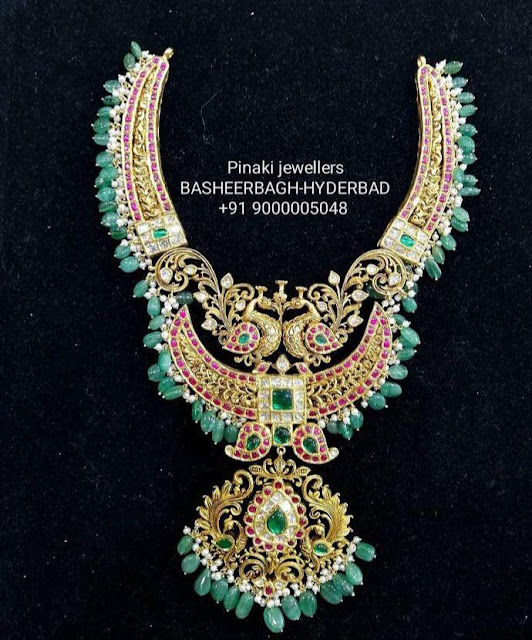 Rich Kundan Sets by Pinaki Jewellers