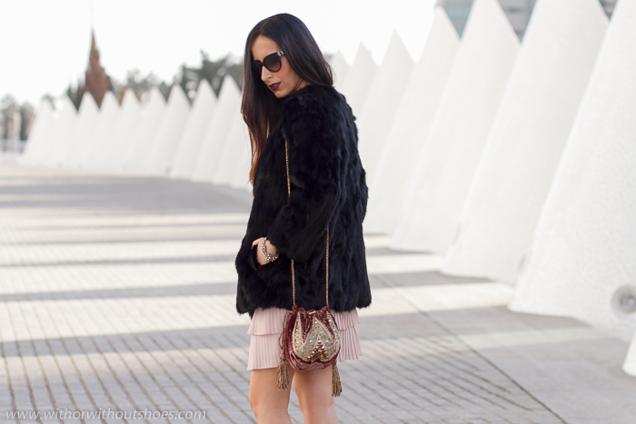 Blogger influencer en Valencia ciudad de las artes con look de Navidad para copiar