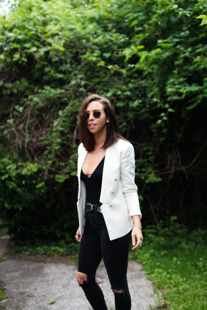 How to Style White Blazer. How to Style a Bodysuit. | A.Viza Style | free people bodysuit - hm white blazer - madewell black jeans - rayban round sunglasses