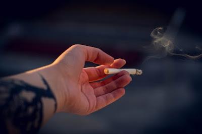 smoking causes asthma