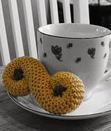 http://www.ravelry.com/patterns/library/saffron-bun-lussekatt