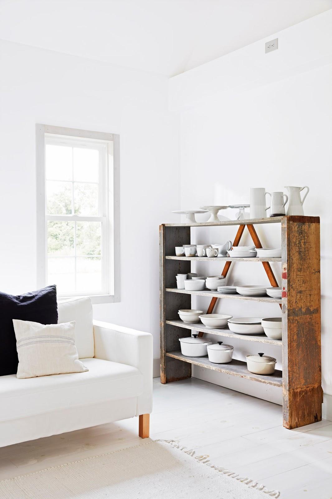 Noix de d co blog d co design inspirant pour la maison une maison minimaliste toute blanche Petite maison minimaliste