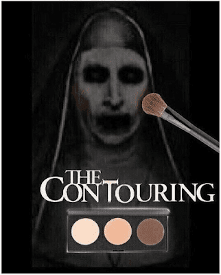 Valak sedang Make Up