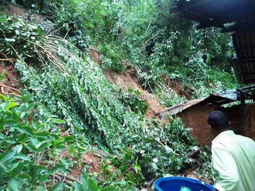 Landslide in Aranayaka due to Heavy Showers