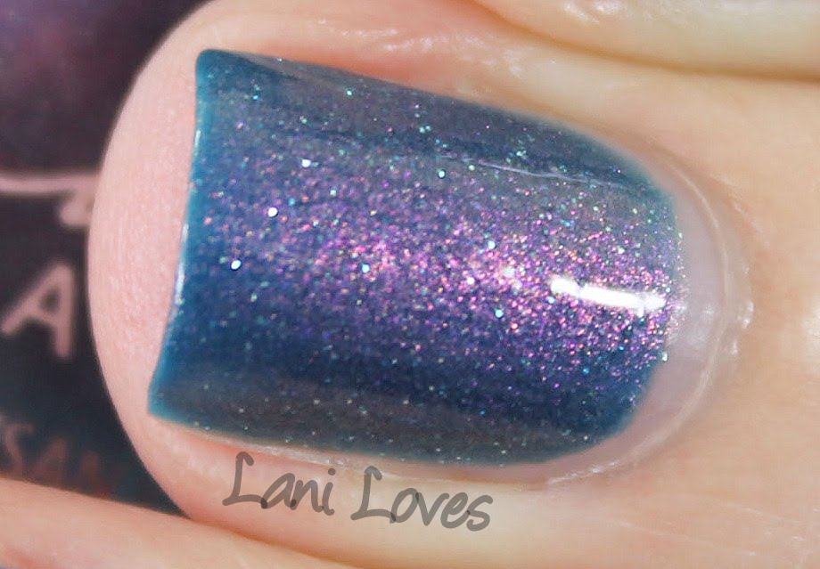 Femme Fatale Cosmetics - Poisoned Apple nail polish swatches & review