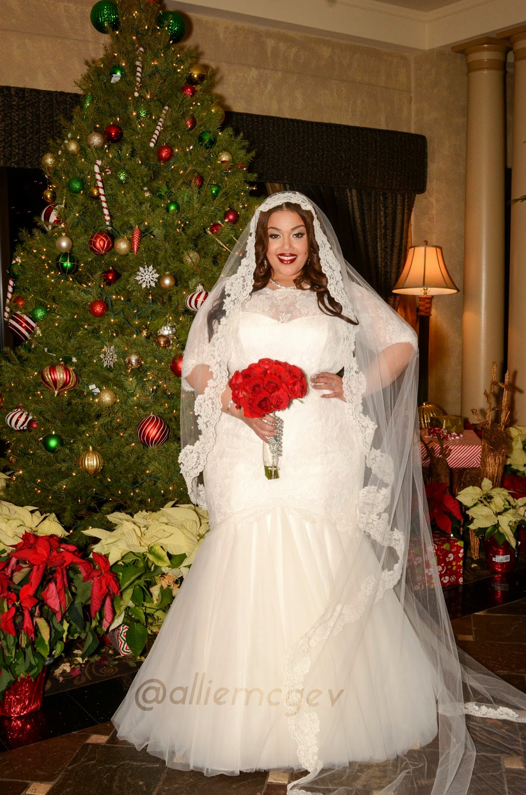 92d0c37859f The Ultimate Guide to Plus Size Wedding Dress Shopping - Inside ...