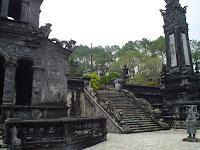 Tumba Imperial del Emperador Khai Dinh en Hue - Vietnam