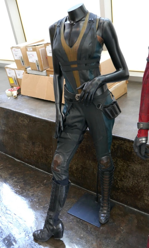 Zazie Beetz Domino costume Deadpool 2