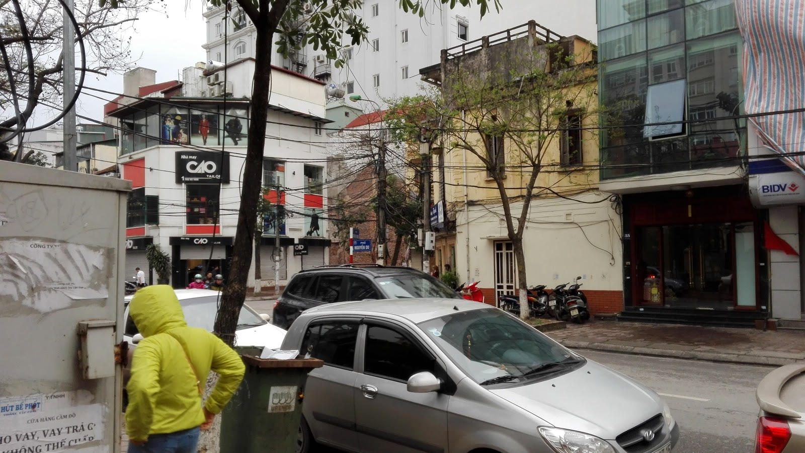hanoi-road