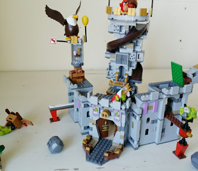 Review Lego Angry Birds King Pigs Castle The Test Pit