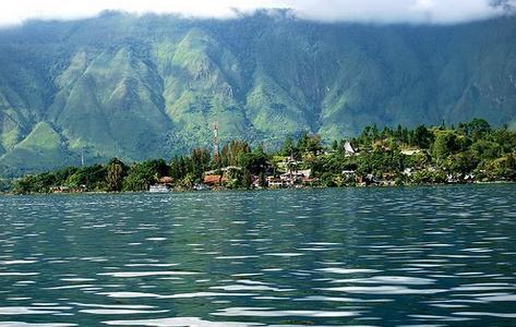 Tempat wisata pulau samosir