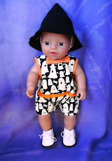 Doll's haloween outfit to fit a twelve inch doll