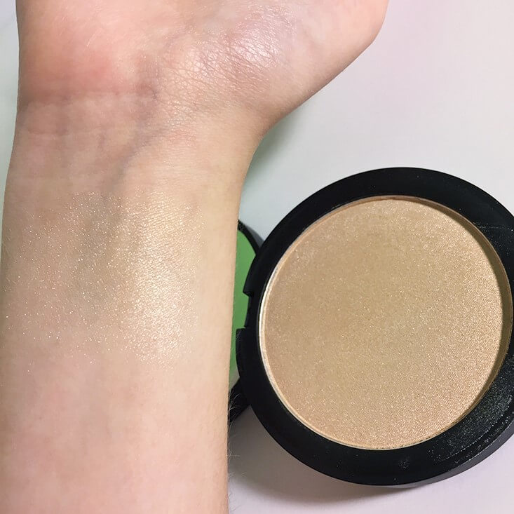 e.l.f. Highlighting HD Powder Starlight Glow swatch