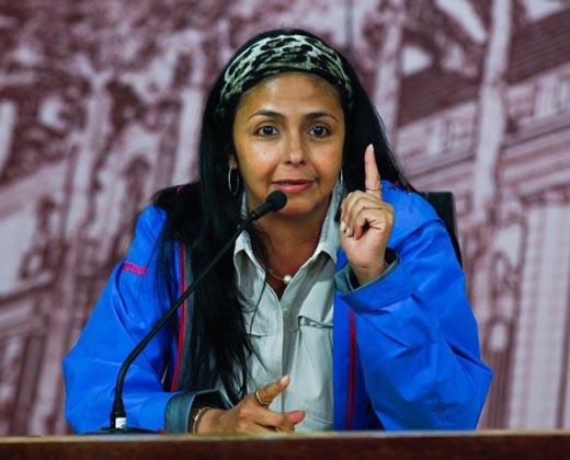 Canciller Rodríguez repudia pedido de diálogo de Macri: El que se mete con Venezuela se seca